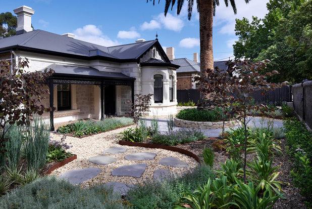 Traditional Garden by WAX Design Pty Ltd