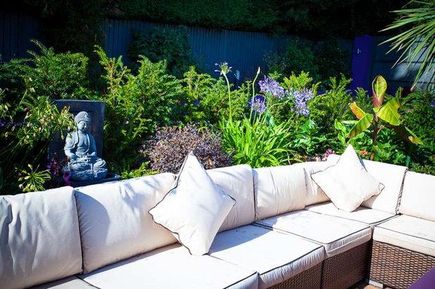 Modern Garden by Cool Gardens Landscape Associates – CGLA