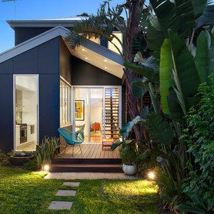 Design ideas for a contemporary backyard garden in Sydney with decking.