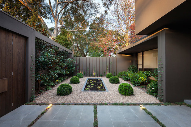 Contemporary Garden by Urban Angles