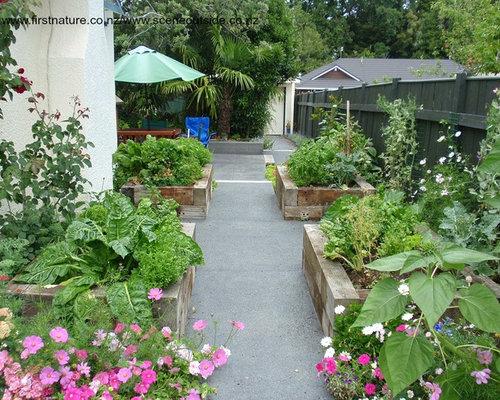 Am nagement de jardin potager romantique photos et id es for Amenagement jardin romantique