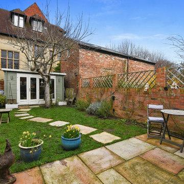 Victorian Terrace on James Street, East Oxford