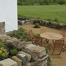 Eclectic  by Josh Ward Garden Design