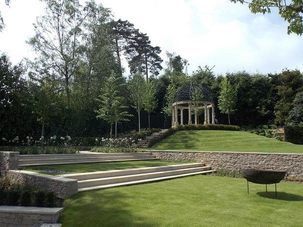 Eclectic Landscape by London Garden Designer