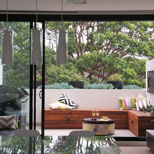 Photo of a contemporary landscaping in Sydney.