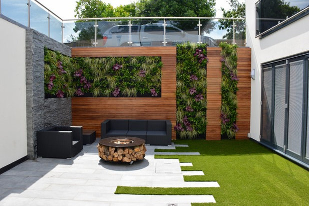 Contemporary Landscape by Tom Howard Garden Design and Landscaping