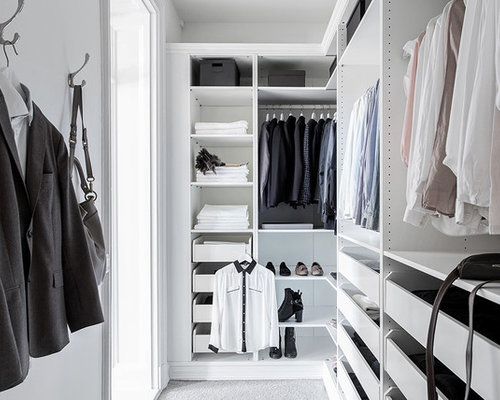 Best Mid Sized Closet Design Ideas Amp Remodel Pictures Houzz