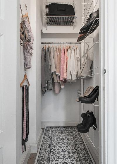 Scandinavian Closet by Skenbild Produktion, Fotograf Ingemar Edfalk