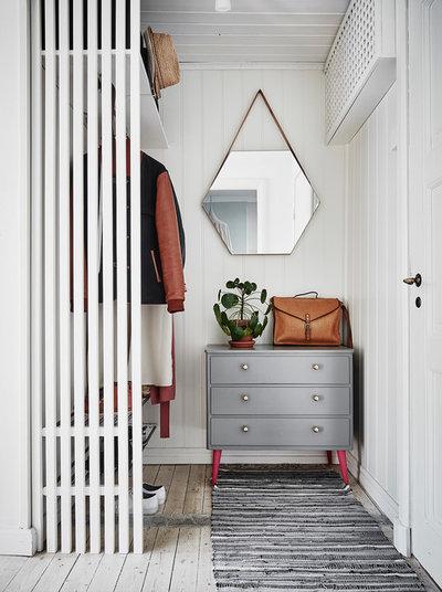 Skandinavisk Opbevaring & garderobe by Entrance Fastighetsmäkleri