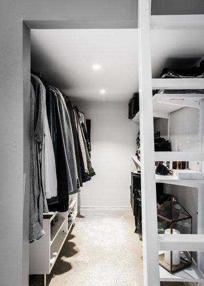Scandinavian Wardrobe by A3 Byggprojekt AB
