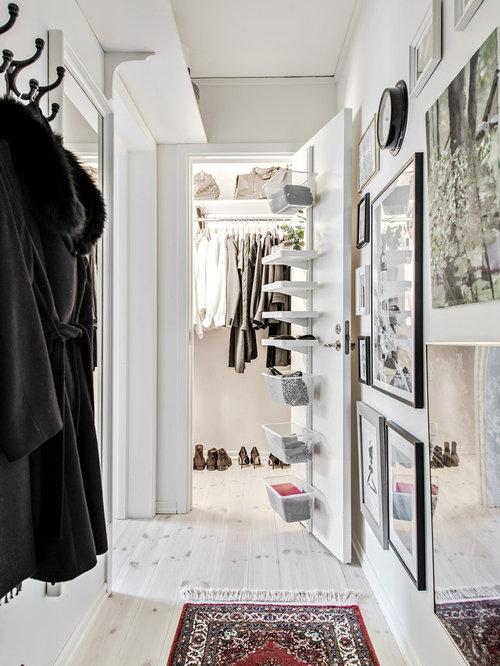 petites armoires et dressings scandinaves photos et id es d co d 39 armoires et dressings. Black Bedroom Furniture Sets. Home Design Ideas