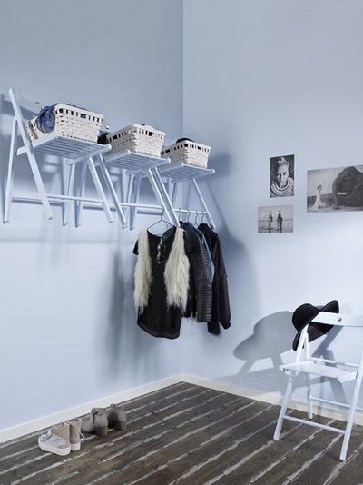 Moderne Armoire et Dressing by Caparol