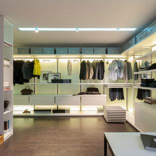 Foto di armadi e cabine armadio minimalisti