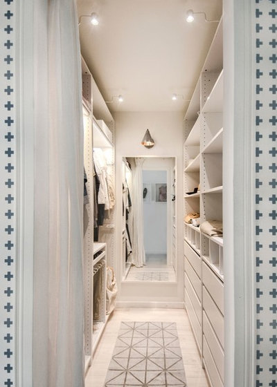 Scandinavian Wardrobe by INT2architecture