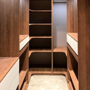 Imagen de armario y vestidor actual pequeño