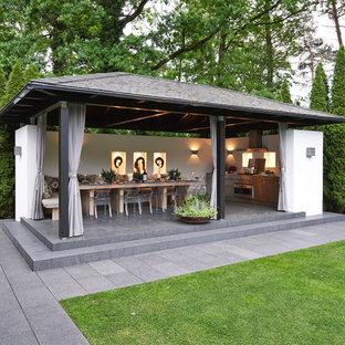 Inspiration pour un très grand abri de jardin séparé rustique.