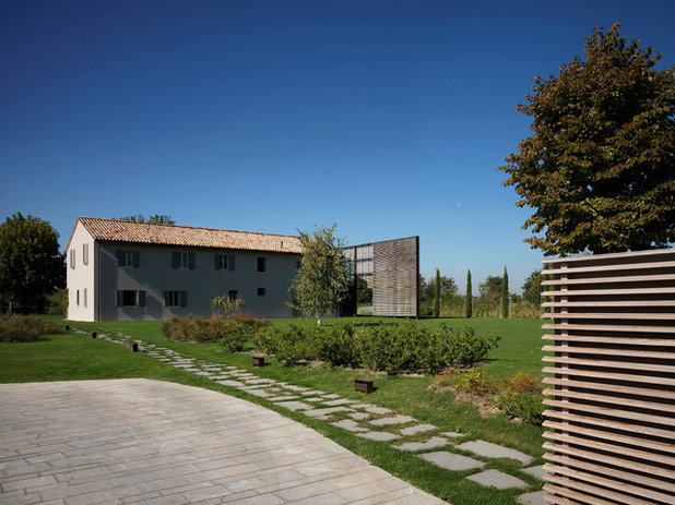 Le case di houzz legno pietra e ruggine per for Planimetrie delle case del fienile