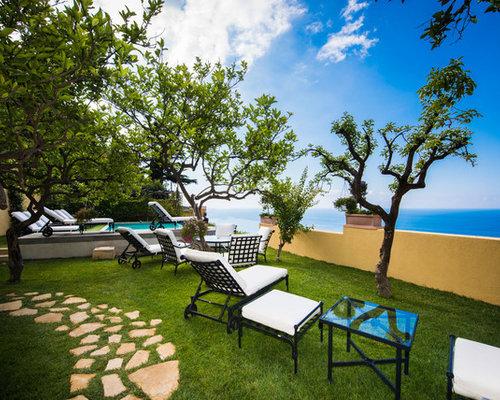 Giardino mediterraneo di medie dimensioni foto idee per for Ristrutturare un giardino