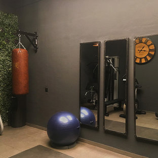 Industrial Gym in a Barcelona Basement