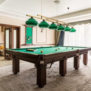 Свежая идея для дизайна: открытая гостиная комната в современном стиле с бежевыми стенами и бежевым полом - отличное фото интерьера