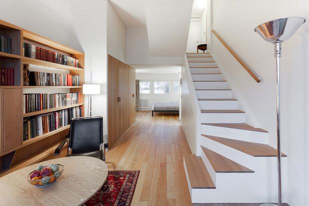 Contemporary Living Room by Studio Bazi