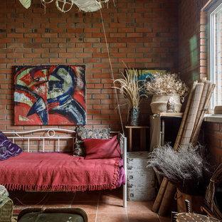 Idee per un soggiorno stile rurale con pareti marroni