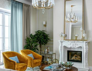 Двухэтажный коттедж в черте Москвы: гостиная