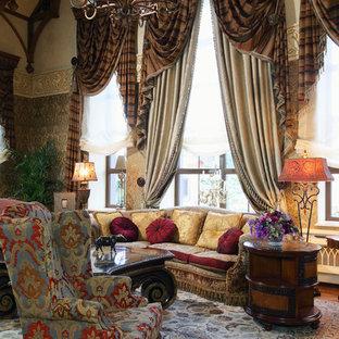 На фото: парадные гостиные комнаты в классическом стиле