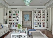 Добрый день. Мне нравятся книжные панели-шкафы. Какой фирмы они ?