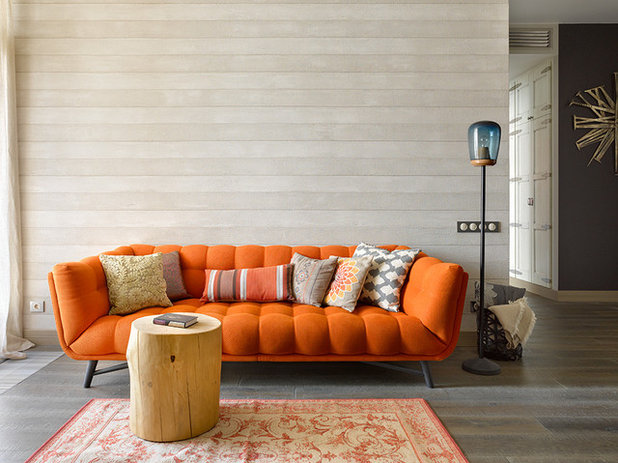 Eclectic Living Room by Студия Enjoy Home