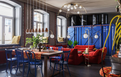 Houzz Tour: 'Daring' Apartment Celebrates St. Petersburg