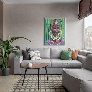 Неиссякаемый источник вдохновения для домашнего уюта: маленькая открытая гостиная комната в современном стиле с полом из керамогранита, бежевым полом и серыми стенами