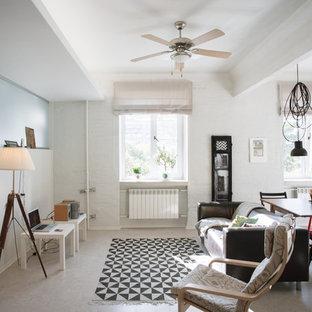 Mittelgroßes, Fernseherloses, Offenes Skandinavisches Wohnzimmer Mit Weißer  Wandfarbe Und Korkboden In Sankt Petersburg