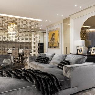 Свежая идея для дизайна: парадная, открытая гостиная комната в современном стиле с белыми стенами, бежевым полом и светлым паркетным полом - отличное фото интерьера