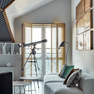 Новые идеи обустройства дома: парадная, открытая гостиная комната в современном стиле с белыми стенами