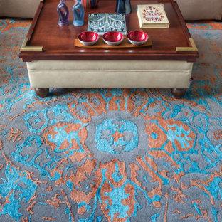 Foto de salón tradicional renovado con moqueta y suelo turquesa