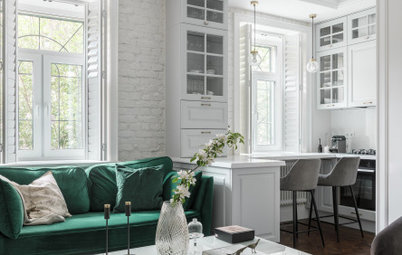 Houzz Tour: Inherited Home Gets a Bright New Life