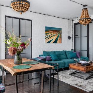 Свежая идея для дизайна: гостиная комната в стиле лофт - отличное фото интерьера