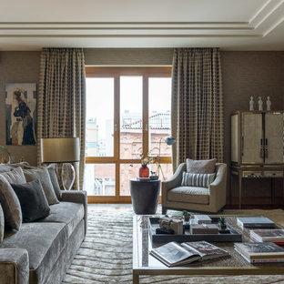 Выдающиеся фото от архитекторов и дизайнеров интерьера: парадная, открытая гостиная комната в стиле современная классика с бежевыми стенами, ковровым покрытием и бежевым полом