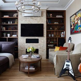 На фото: с высоким бюджетом большие парадные, открытые гостиные комнаты в современном стиле с серыми стенами, паркетным полом среднего тона, фасадом камина из камня, телевизором на стене и горизонтальным камином