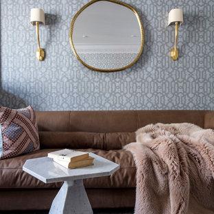 На фото: гостиная комната среднего размера в стиле современная классика с серыми стенами