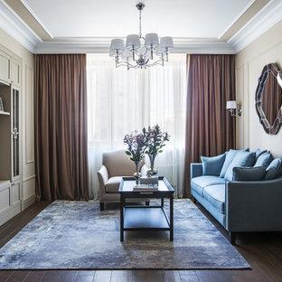 Пример оригинального дизайна: парадная, открытая гостиная комната среднего размера в классическом стиле с бежевыми стенами, полом из керамогранита, телевизором на стене и коричневым полом