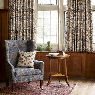 Неиссякаемый источник вдохновения для домашнего уюта: гостиная комната в викторианском стиле
