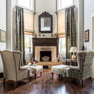 Неиссякаемый источник вдохновения для домашнего уюта: огромная парадная гостиная комната в стиле современная классика с белыми стенами и стандартным камином