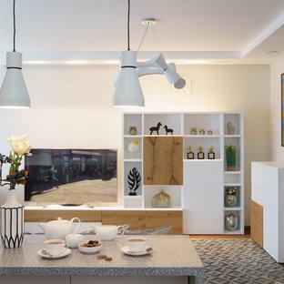 Immagine di un piccolo soggiorno nordico aperto con angolo bar, pareti bianche, parquet chiaro, nessun camino, TV a parete e pavimento arancione