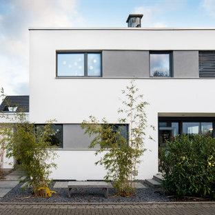 Zweistöckiges, Weißes Modernes Einfamilienhaus mit Flachdach in Sonstige