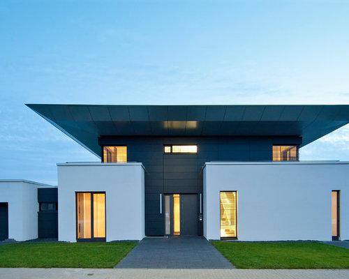 Schon Zweistöckiges, Mehrfarbiges Modernes Haus Mit Flachdach Und Putzfassade In  Stuttgart