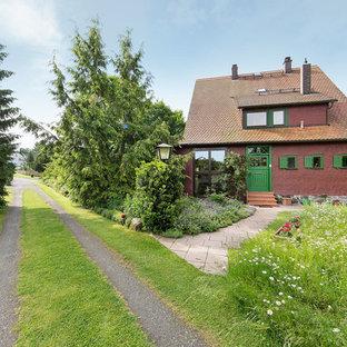 Einstöckiges, Rotes Country Einfamilienhaus in Stuttgart