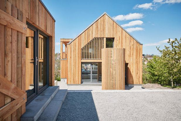 Модернизм Фасад дома by lohrmannarchitekt