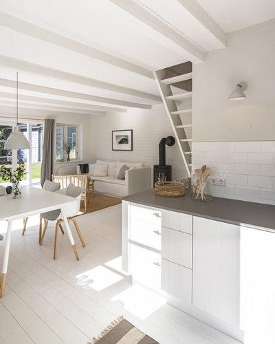 Skandinavisch Häuser by J. Gustafsson   Architektur